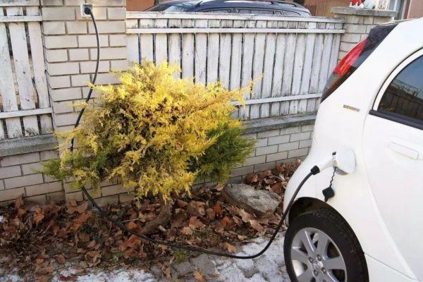e-car-charger-430FBB9E9-4596-9211-8935-97B0D8724109.jpg